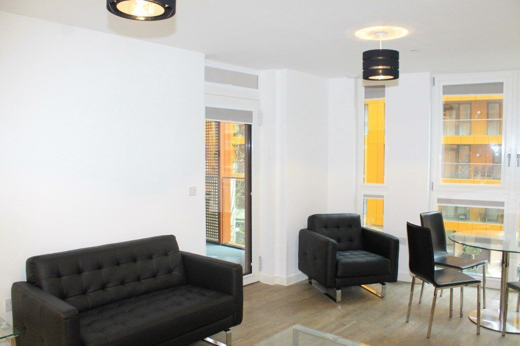 VACANT! DESIGNER FURNISHED LUXURY 1 BEDROOM APARTMENT IN ENDERBY WHARF GREENWICH MAZE HILL LEWISHAM