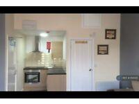 1 bedroom flat in Stoke On Trent, Stoke On Trent, ST4 (1 bed) (#1130122)