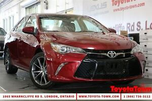 2015 Toyota Camry SINGLE OWNER XSE NAVIGATION