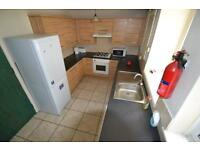 1 bedroom in Park Street - Room 1, Treforest, Ponypridd