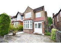 4 bedroom house in Bramber Road, London, N12