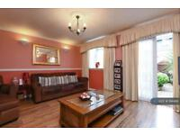 3 bedroom house in Southern Avenue Feltham, Feltham, TW14 (3 bed)