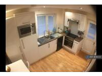 1 bedroom flat in Lakeview Court, Newquay, TR7 (1 bed)