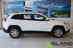 2014 Jeep Cherokee Limited | AWD | Panoramic Sunroof |