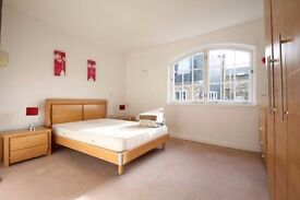 Very large warehouse apartment with two bathrooms located on the ever popular Bermondsey Street
