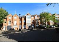 4 bedroom house in Honeyman Close, Brondesbury Park, NW6