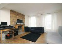 Beautiful 2 bedroom apartment to rent, private entrance, exposed brick work, spacious living-room