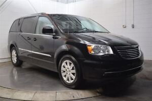 2016 Chrysler Town  Country 4dr Wgn Touring
