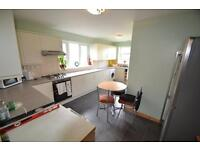 3 bedroom house in Long Row, Treforest,