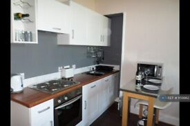 2 bedroom flat in Seaforth Road, Aberdeen, AB24 (2 bed) (#1159962)