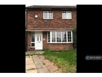 3 bedroom house in School Crescent, Dewsbury, WF13 (3 bed)