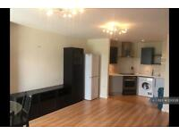 2 bedroom flat in Landmark Place, Cardiff, CF10 (2 bed)