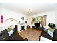 Beautiful Spacious 4 bedroom house in Worcester Park