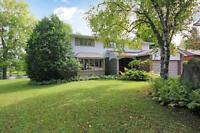 Beautiful Waterfront Home For Sale in Manotick