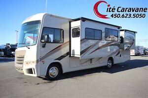 2017 Forest River Georgetown GT3 30X 2 extensions RV / VR Classe