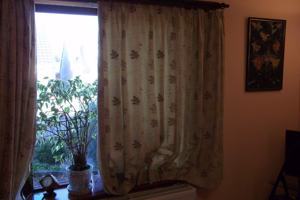 Pencil Pleat Curtains 57 Inch Drop 100 Wide Ideal Length If Have Radiator