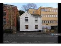 2 bedroom flat in South Street, St, Austell, PL25 (2 bed)