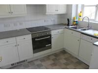 SPACIOUS 2 BED FLAT + 2 BATH. AVAIL MARCH** N14 Southgate London VERY Close to TRANSPORT & amenities