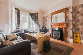 4 bedroom house in Falmouth Road, Heaton, NE6