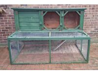 Rabbit/guinea pig hutch great quality was especially made approx 2 years old