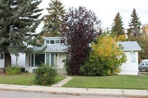 Queen Elizabeth - Fully Renovated House! Open Concept!