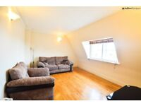 STUNNING 1 BED PENTHOUSE APARTMENT SECONDS FROM OLD STREET ROUNDABOUT