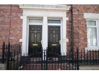 3 bedroom flat in Dilston Road, Arthurs Hill
