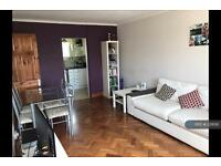 1 bedroom flat in Studley Road, London, SW4 (1 bed)