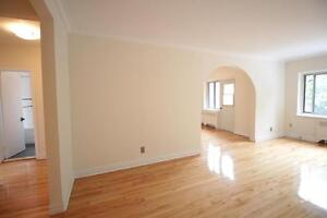 Large 1 bedroom | Balcony | Heating + Hot Water Included |PROMO