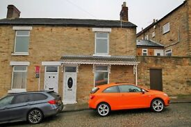 2 Bedroom House Available for £350 per month/ DSS Welcome!