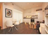 2 bedroom flat in Sunningfields Road, Hendon NW4