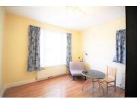 1 bedroom flat in Cazenove Road, Stoke Newington, N16