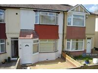 3 bedroom house in Broom Hill Road, Strood, ME2 (3 bed)