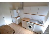 2 bedroom house in High Street, Pontypridd,