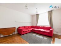 Very large 2 bedroom garden flat in Elephant and Castle in Zone 1