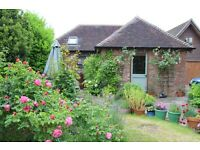 Detached 2 bedroom Cottage to let for Festival of Speed, 6 miles from Goodwood.