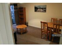 2 bedroom flat in West Silvermills Lane, Edinburgh, EH3 (2 bed) (#1173165)