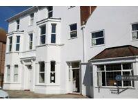 4 bedroom flat in Lennard Road, Folkestone, CT20 (4 bed) (#1117636)
