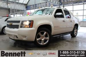 2012 Chevrolet Avalanche 1500 LTZ - Nav, Heated steering Wheel,