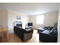 Very large four double bedroom apartment with private roof terrace set over a split level