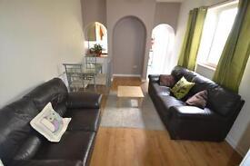 5 bedroom house in Llanishen Street, Heath, Cardiff