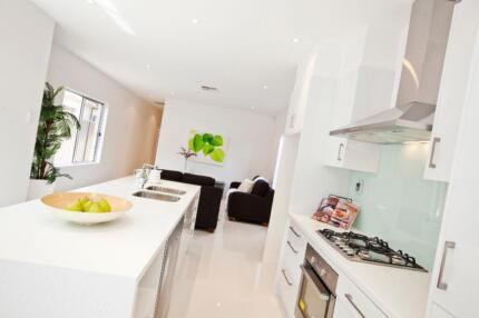 PREMIUM KITCHENS AND LAUNDRY UNITS AT WHOLESALE PRICES!!!