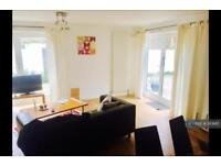 3 bedroom flat in Clarence Avenue, London, SW4 (3 bed)
