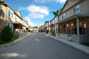 UWO Student Apts for $531/person! Parking & Internet Included London Ontario image 2