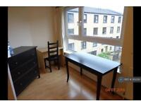 3 bedroom flat in Couper Street, Glasgow, G4 (3 bed)