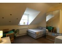 Studio flat in Gloucester Drive, London, N4 (#1131856)