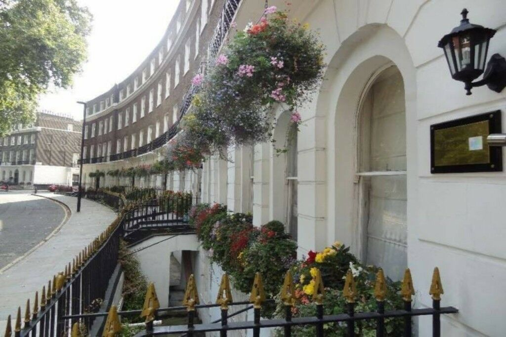 Cartwright Gardens, Bloomsbury WC1H 9EH - ZONE 1