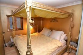4 Poster Bed 18 Century Style, King Size, Gold, Elegant Pine wood