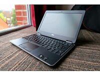 Dell Latitude E7240 bundle | i5 4200U | 250GB SSD | Win 10 Pro Genuine