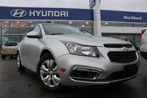 2016 Chevrolet Cruze LT/LOW KMS/Sunroof/Bluetooth/Back Up Cam